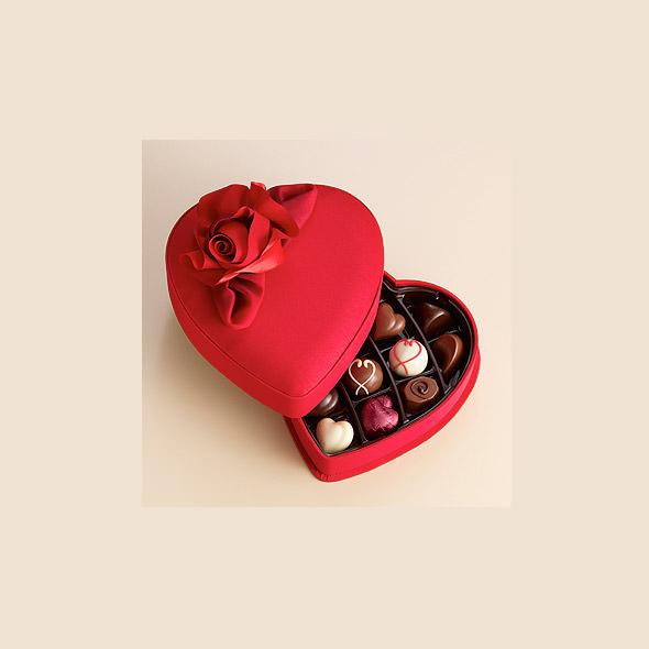 Romantic-Valentine's-Day-Chocolates-Gift